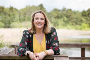 In this episode 174 of the podcast I am very pleased to be joined by Kate Davis, Leadership Coach and business mentor to talk about the very timely and topical subject of Hybrid Working. The practical steps employers need to take to make hybrid working really work long term.