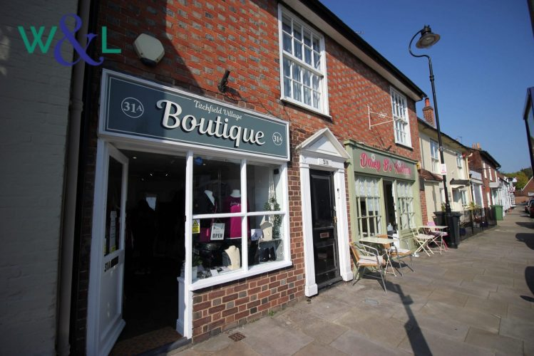 Shop fronts with W and L